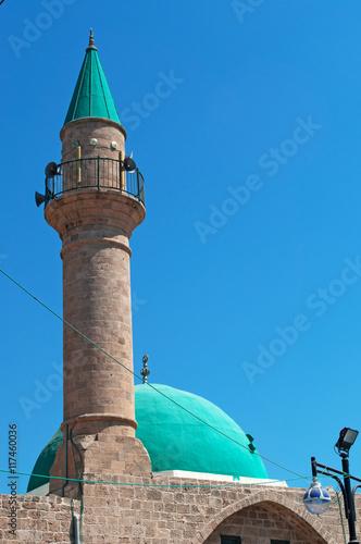 Fotografia  Acri, Israele: la cupola verde e il minareto della Moschea Al Jazzar nella città