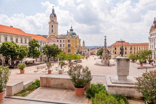 Photo  Place Széchenyi, Pécs, Hongrie