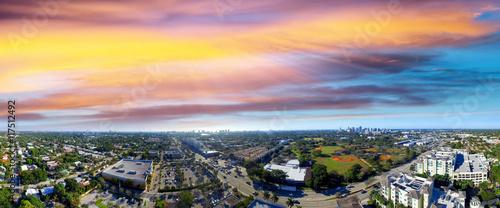 Fotografia, Obraz Panoramic aerial view of Fort Lauderdale at sunset