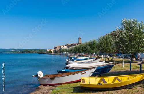 Valokuva  Bolsena lake (Lazio, Italy) - The town of Marta, province of Viterbo