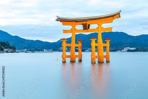 floating torii Miyajima Hiroshima - 117540432