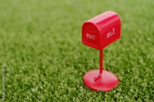 Fotografia  郵便、ポスト、郵便ポスト、年賀、はがき、郵送、配送、配達、ビデオレンタル、手紙、正月、日本、赤、丸