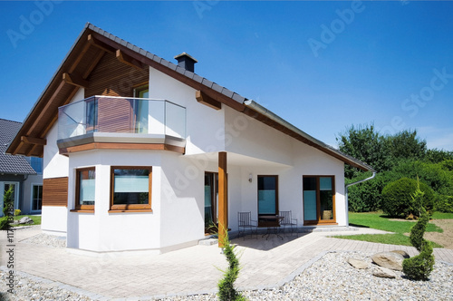 Einfamilienhaus Neubau Haus Buy This Stock Photo And Explore