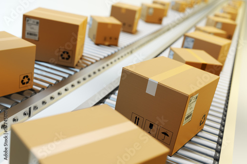 Fotografía Packages delivery, packaging service and parcels transportation system concept,