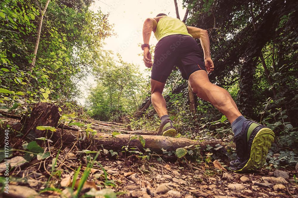 Fototapety, obrazy: Man running offroad