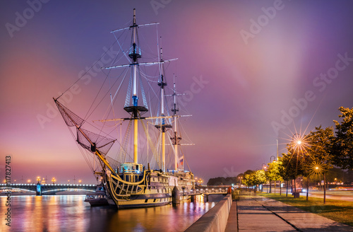 Корабль в ночи Frigate Blagodat at night Wallpaper Mural
