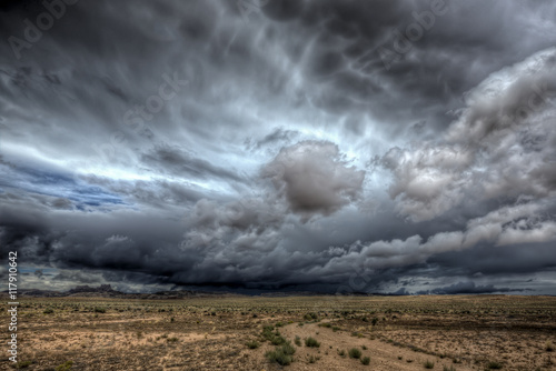 Deurstickers Onweer A massive thunderstorm over central Utah
