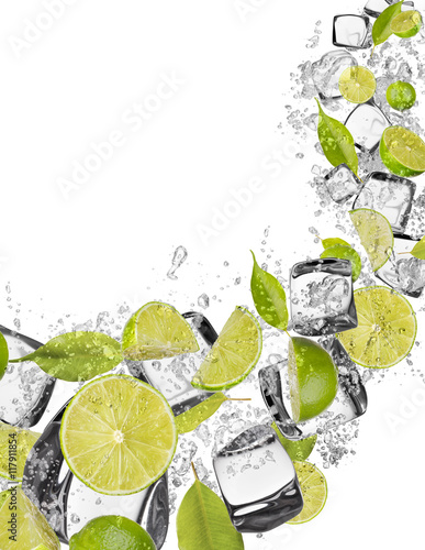 Foto op Canvas In het ijs Lime in water splash on white background