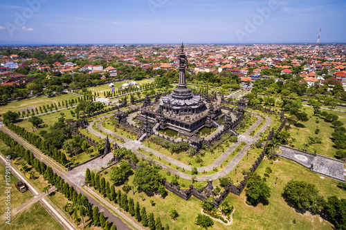In de dag Indonesië Aerial view of Bajra Sandhi Monument in Denpasar, Bali, Indonesia.