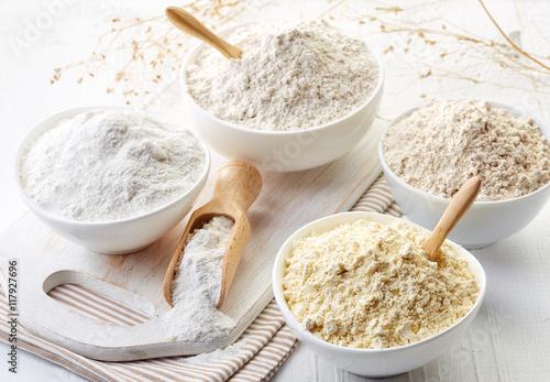 Stampa su Tela Bowls of gluten free flour