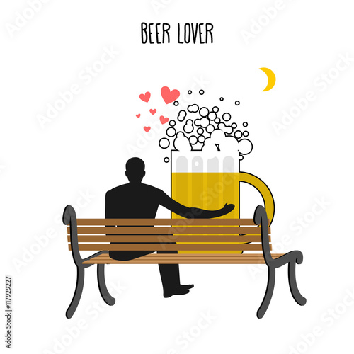 Foto Beer lover. Beer mug and watch people on moon. Date night. Lover