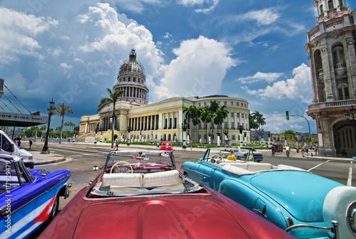 Poster Havana Havana Capitol view from an oldtimer