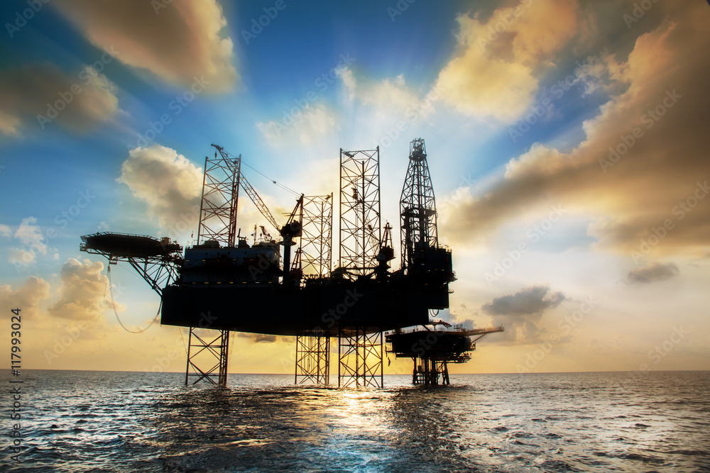 Fototapety, obrazy: Silhouette,Offshore oil and rig platform