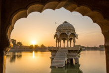 Gadi Sagar - Artificial Lake V...