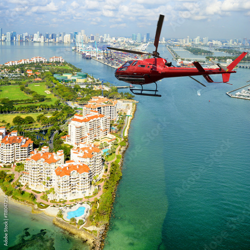 fototapeta na lodówkę Helicopter tour over Miami