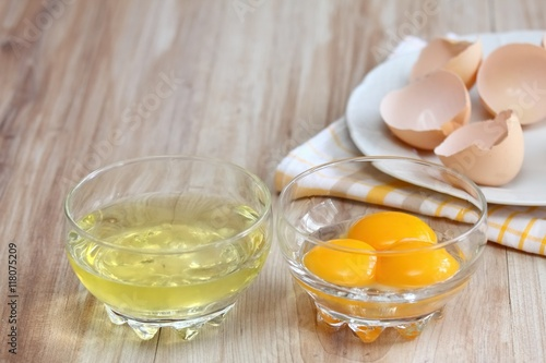 Photo Separated egg- white and yolks