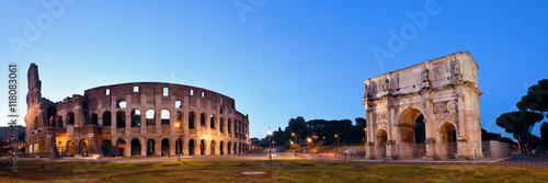 colosseum-rome-night