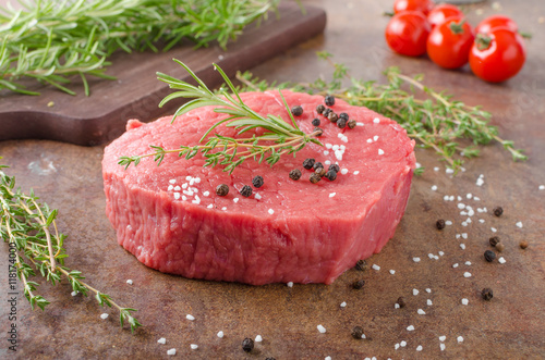 Staande foto Vlees Beef meat raw