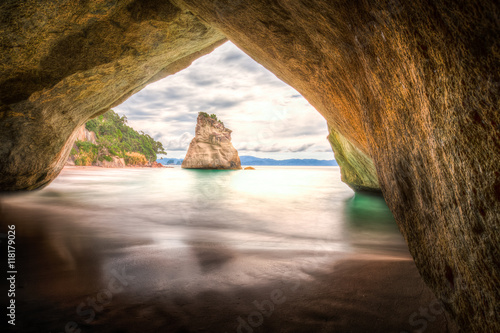 Montage in der Fensternische Cathedral Cove Cathedral Cove #3, New Zealand