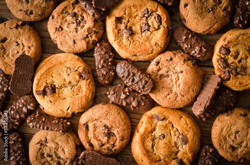 Poster Dessert Various chocolate cookies background