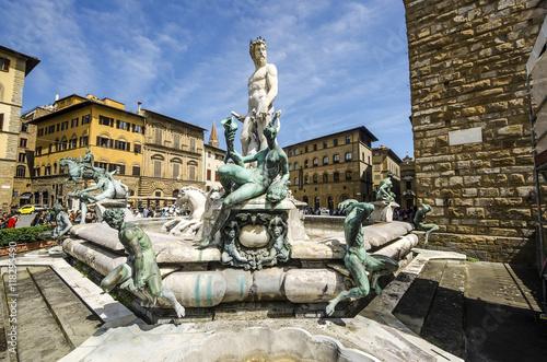 Plakat Fontanna Neptune w letnim dniu w Florencja, Włochy
