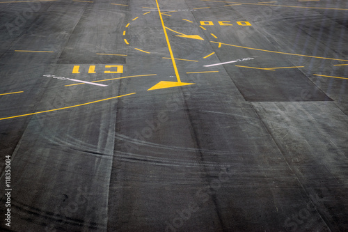Cadres-photo bureau Aeroport Closeup the surface of the airport runway texture background.