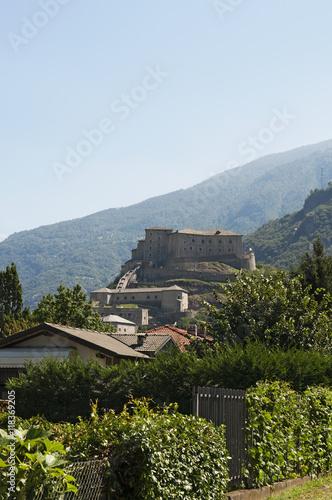 Photo Bard: vista del Forte di Bard il 29 luglio 2016