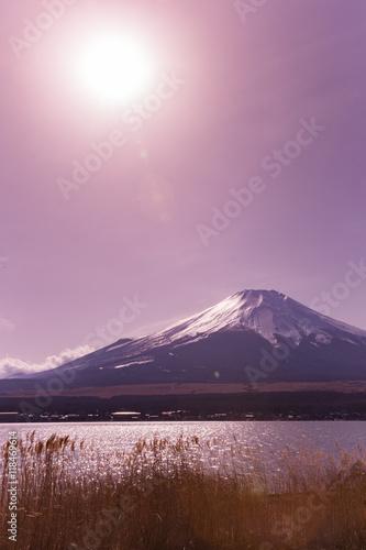 Fototapeta 山中湖から見た富士山 山頂付近 obraz na płótnie