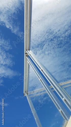 In de dag Milan Pvc reflet nuage