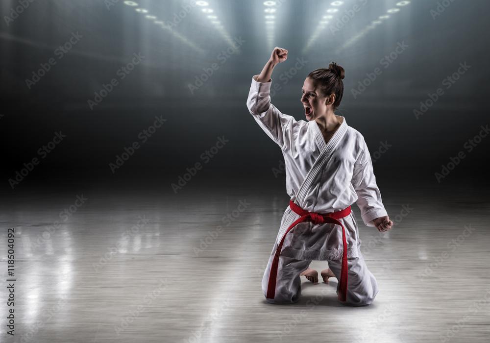 все видео девушки в кимоно борются можно одного