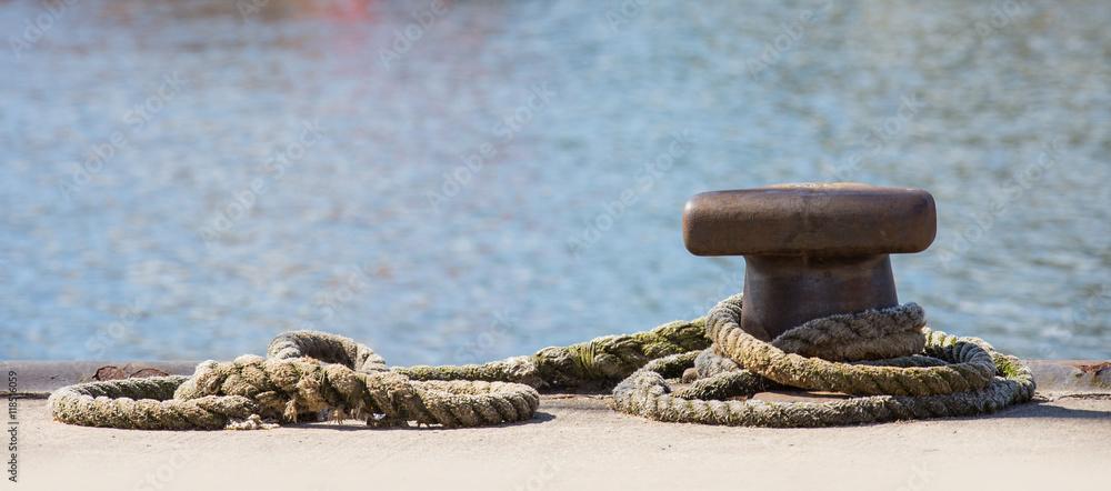 Fototapeta A mooring in a port
