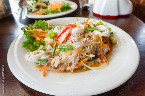 Fotomural spicy vermicelli salad