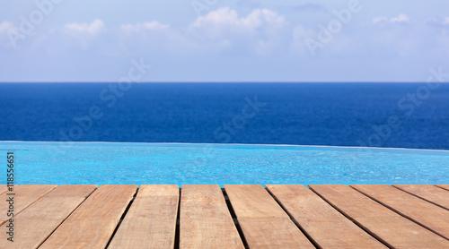 Fotografie, Obraz  piscine à débordement, vue sur l'océan