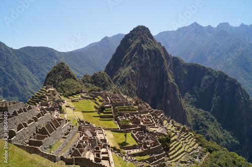 Spoed Foto op Canvas Zuid-Amerika land the ruins of the lost city at Machu Picchu, Peru