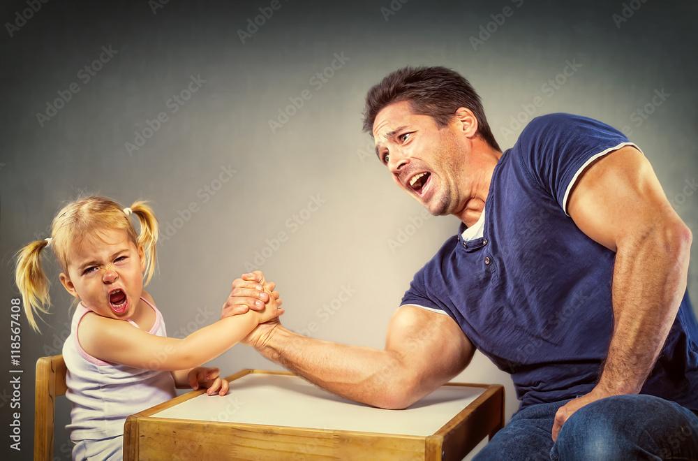 Fototapety, obrazy: Vater und Tochter