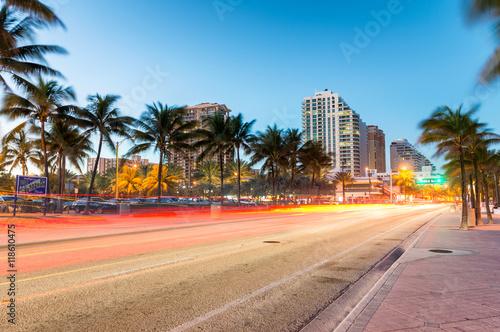 Valokuvatapetti Fort Lauderdale Beach Boulevard at sunset, Florida