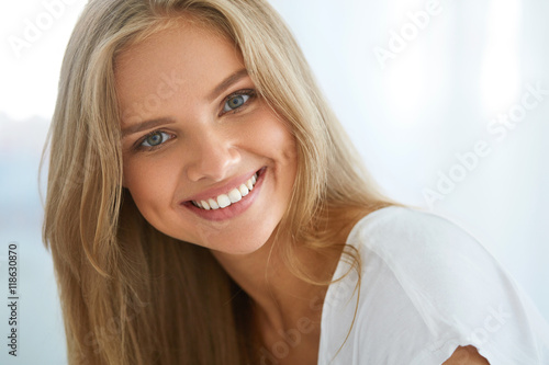 Fototapeta Portrait Beautiful Happy Woman With White Teeth Smiling. Beauty. High Resolution Image obraz