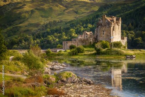 Foto op Plexiglas Kasteel Donan Castle