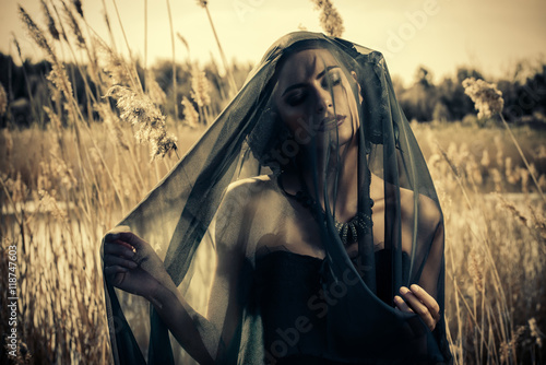 Photo lady in veil