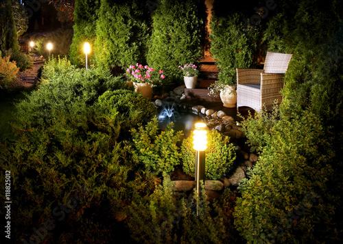 Papiers peints Jardin Illuminated home garden fountain patio