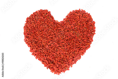 Foto op Canvas Hert Goji berries heart shape on white background.