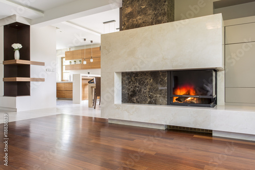 Cuadros en Lienzo Warmth and luxury of an elegant fireplace