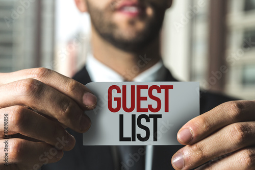 Valokuvatapetti Guest List