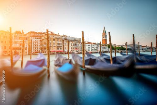 Obraz Wenecja pejzaż miejski widok na kanał grande - fototapety do salonu