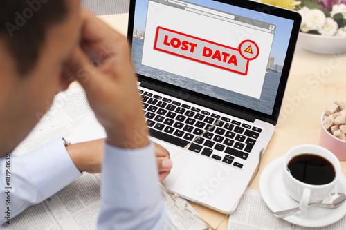 Fotografia  Businessman stressed with lost data