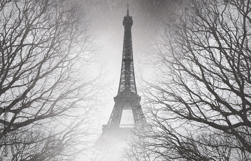 Papiers peints Paris Rain in Paris - black and white picture. Mysterious picture.