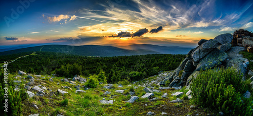 Poster Bergen Stuning mountains panorama in the evening, sunset Karkonosze Mountains
