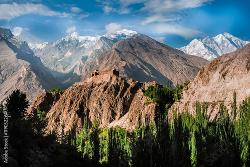 Photo  Baltit Fort in the Hunza valley, Pakistan