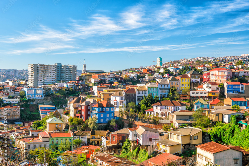 Fototapety, obrazy: Colorful buildings of Valparaiso, Chile