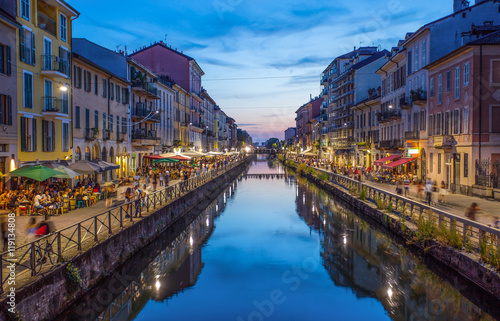 Cuadros en Lienzo Naviglio Grande canal in the evening, Milan, Italy